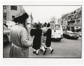 Rolf Walter: Jerusalem/Mea Shearim / PURIM (Photographie), 1996 - Antiquariat Joseph Steutzger - https://alte-buecher-ankauf.com - Ankauf alte Bücher & Photographien